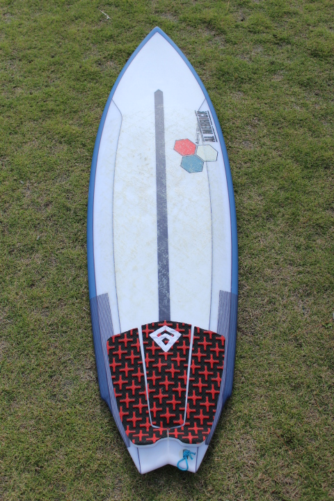 "2018 CHANNELISLANDS (USED)SURFTECH twin fin 5'4""x 18.5""x 2.2""  24.1L"